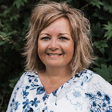 Shelley is a staff member at Crist & Wenande Orthodontics in Sioux Falls and Yankton SD